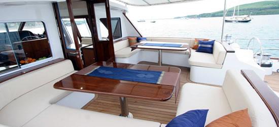 Luxury Sailing Yacht Asia