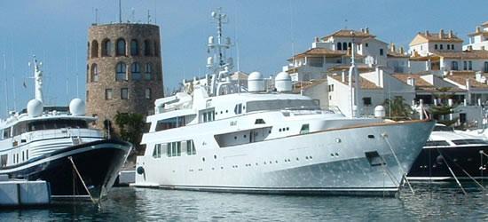 The Luxury Motor Yacht Shaf