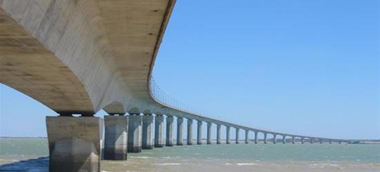 The Bridge to Ile de Re