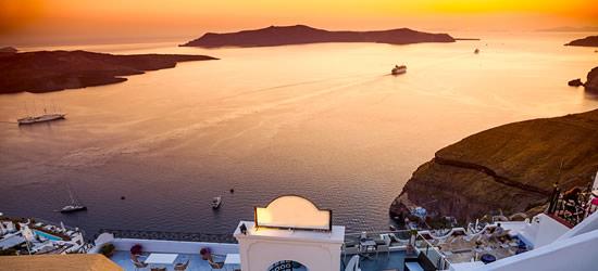 The Spectacular Santorini